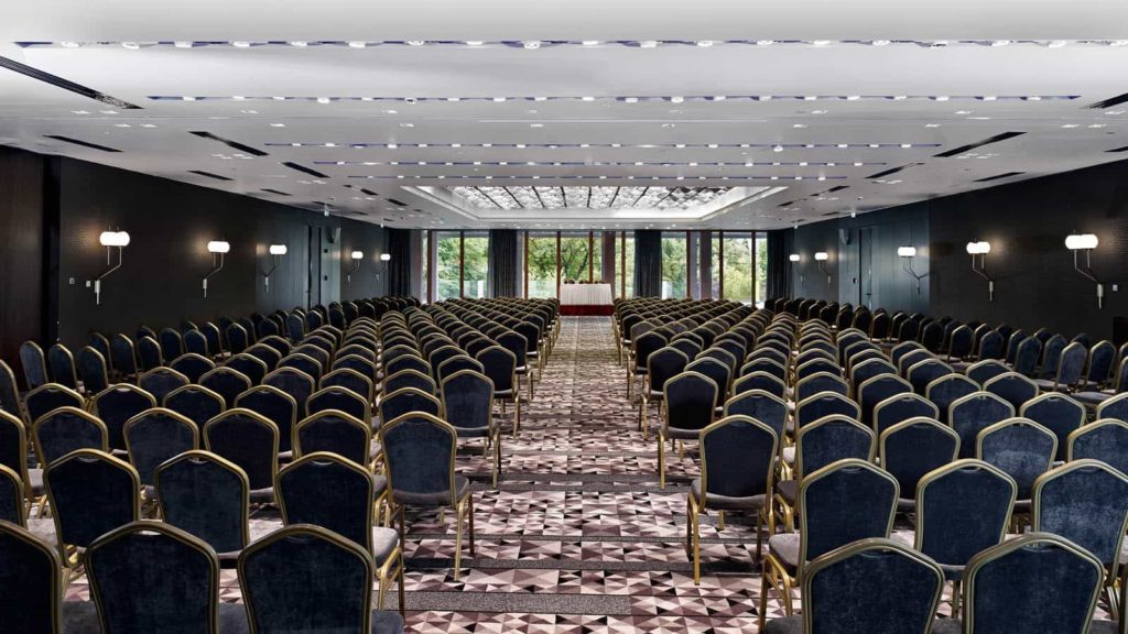 Metropol_Palace_Belgrade_Grand_ballroom